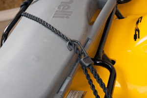 Bungee cord that ties into itself by hooking
