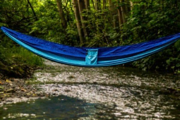 Azul Madera Hammocks Blue over river